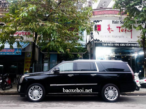 xe-cadillac-khung-o-hue-baoxehoi.net