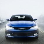 Xe Chrysler 200 mới chỉ bị tạm ngừng sản xuất 6 tuần