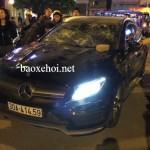 Xe Mercedes trong vụ đánh ghen đập vỡ kính là GLA 45 AMG