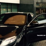Volkswagen phạt cầu thủ vì chụp ảnh với xe Mercedes S500