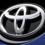 Toyota dính lỗi túi khí phải triệu hồi 320.000 xe