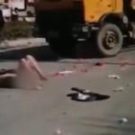 Chàng trai cầu hôn cô giáo thất bại cởi trần truồng ra đường
