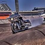 Xe mô tô Victory Magnum X1 2016 ra mắt người hâm mộ