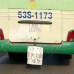 Xe Bus quảng cáo sửa mũ, thay khóa