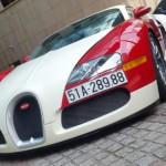 Bộ ảnh siêu xe Bugatti Veyron khủng nhất Việt Nam đi dạo