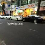 Dàn xe siêu sang Rolls royce trên đường phố Sài Gòn