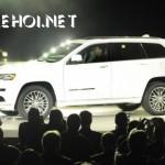 Khám phá SUV địa hình Jeep Grand Cherokee Trailhawk 2017