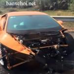 Siêu xe Lamborghini Huracan của đại gia Sài Gòn tai nạn nát đầu