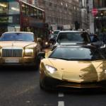 Đỗ siêu xe sai nơi quy định bộ tứ siêu xe mạ vàng bị phạt