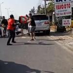 Video nhóm phượt thủ đánh người lái Toyota Fortuner gây xôn xao