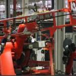 Một số nơi rô bốt sản xuất ô tô không còn được ưa chuộng