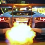 Siêu xe Lamborghini Aventador LP720-4 nẹt pô ra lửa