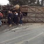 Xe khách đâm xe tải 40 người bị thương ở Sapa