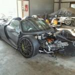 Siêu xe Porsche 918 Spyder tai nạn tan nát giá vẫn 1,7 tỷ đồng