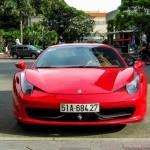 So sánh đại gia mua siêu xe và xe siêu sang