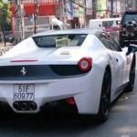 Siêu xe Ferrari 458 Spider độc nhất Việt Nam đổi màu lần thứ 3