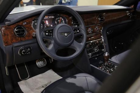 xe-bentley-limo3