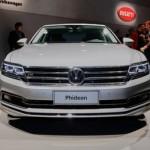 Xe sang Volkswagen Phideon to dài hoành tráng cho doanh nhân