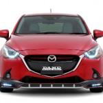 Xe giá rẻ Mazda 2 độ kiểu xe đua
