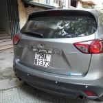 Xôn xao trộm vặt trụi gương xe Mazda CX5 trong tích tắc