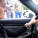 Cô gái lái siêu xe Porsche 911 Turbo S tăng tốc lên 200 km/h