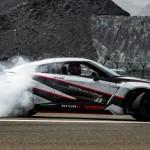 Siêu xe Nissan GT-R lập kỷ lục cú drift nhanh nhất thế giới
