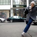 Ảnh cướp giật điện thoại táo tợn trên đường phố Hà Nội