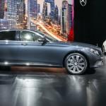 Chi tiết xe sang Mercedes E class bản kéo dài