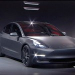 Tesla cố gắng sản xuất nhanh nửa triệu xe đến năm 2018
