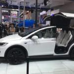 Tesla Model X sẽ cạnh tranh với Audi Q7 bản chạy điện ?