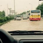Kinh nghiệm lái xe qua vùng ngập nước