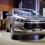 Bán chạy ngoài dự kiến khách chờ mỏi cổ mua Toyota Innova 2016