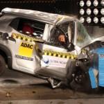 """Danh sách 5 chiếc xe """"nguy hiểm"""" đạt điểm an toàn 0 sao"""