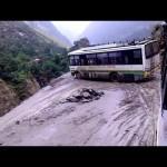 Top 5 pha xe Buýt đi đường nguy hiểm nhất