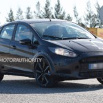 Ngắm xe giá rẻ Ford Fiesta 2017 chạy thử