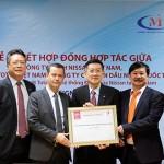 Nissan Việt Nam cùng hãng nhớt Total mang sản phẩm chất lượng đến khách hàng