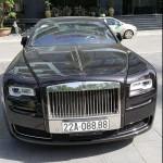 Siêu xe Rolls royce Ghost EWB biển khủng Tuyên Quang trên phố