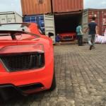 Choáng bộ đôi siêu xe Audi R8 V10 Plus màu đỏ về Việt Nam