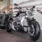 Siêu xe mô tô Ducati XDiavel S bị lỗi bánh sau phải triệu hồi