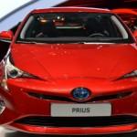 Toyota Prius thêm xanh với kính hấp thụ năng lượng mặt trời