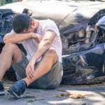 Lái xe thích thể hiện đang đi chậm bỗng phóng nhanh gặp tai nạn