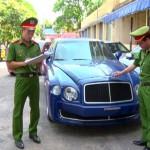 Quảng Bình: Bắt giữ 1 xe siêu sang Bentley nhập lậu