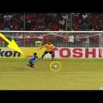 Top 5 pha đá Penalty tưởng trượt nhưng vẫn vào