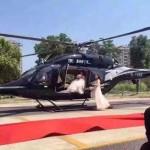 Thêm 1 đám cưới chơi trội đậu trực thăng rước dâu giữa đường