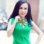Nghệ sĩ Việt Hương nhận xét khi ngồi xe siêu sang Rolls royce