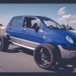 Xe Daewoo matiz cũ độ bánh kiểu SUV khiến nhiều người chú ý