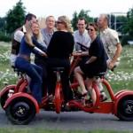 Xe đạp độc đáo dành cho 7 người ngồi
