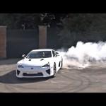 Xem siêu xe nửa triệu đô Lexus LFA đốt lốp, nẹt pô