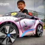 """Cuộc đua """"siêu xe"""" của các em bé 5 tuổi"""