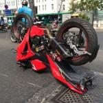 Cụ ông 61 tuổi lái Audi đâm nát xe máy đôi người yêu trẻ tuổi